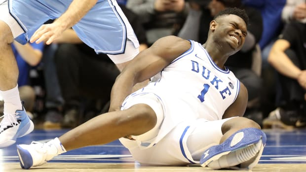 zion-williamson-shoe-injury.jpg