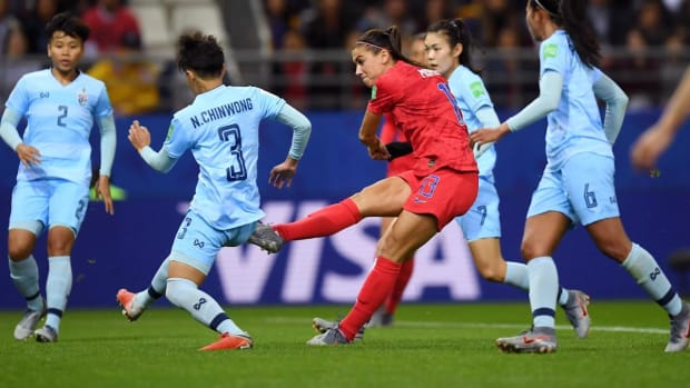 Alex Morgan's Five Goals Pace USWNT's 13-0 Thrashing of Thailand - IMAGE