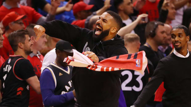 drake-eastern-conference-playoffs-raptors-bucks.jpg