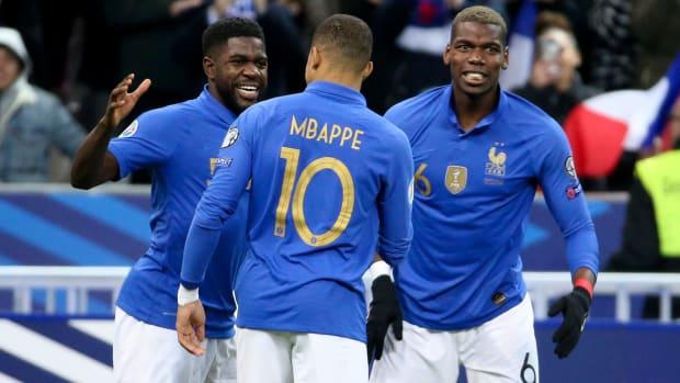 france-iceland-euro-qualifier-mbappe-pogba.jpg