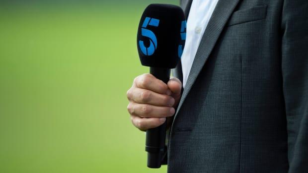 wednesday-hot-clicks-indiana-high-school-basketball-announcer-resigns.jpg