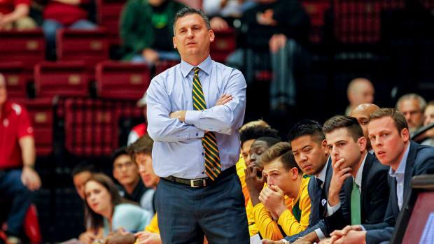 kyle-smith-expected-coach-washington-state.jpg