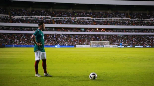mexico-v-chile-international-friendly-5c76da15d6f378f384000001.jpg