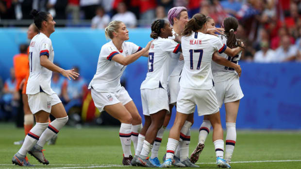 united-states-of-america-v-netherlands-final-2019-fifa-women-s-world-cup-france-5d221fff269a00a2f2000001.jpg