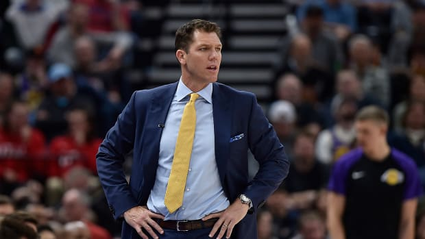 kelli-tennant-press-conference-luke-walton-sexual-assualt-allegations.jpg