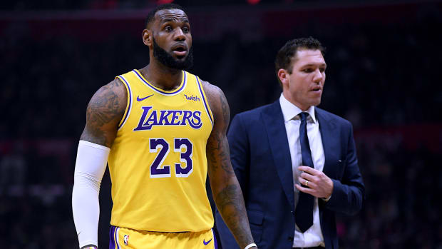 lebron-james-luke-walton-lakers-relationship.jpg