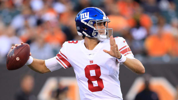 daniel-jones-new-york-giants-starting-quarterback-eli-manning-benched.jpg