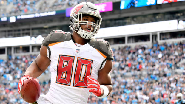 fantasy-football-dfs-oj-howard-week3.jpg