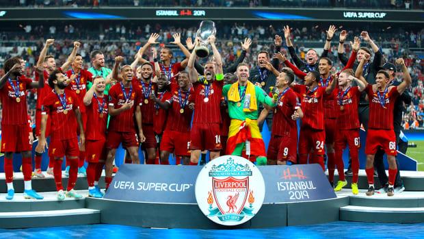 liverpool-super-cup-trophy.jpg