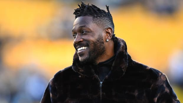 antonio-brown-wants-to-play-for-49ers-jerry-rice.jpg