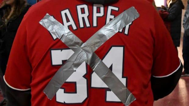 bryce-harper-defaced-jerseys-signs-phillies-nationals.jpg