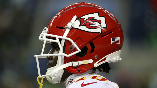 tyreek-hill-chiefs-no-nfl-suspension.jpg