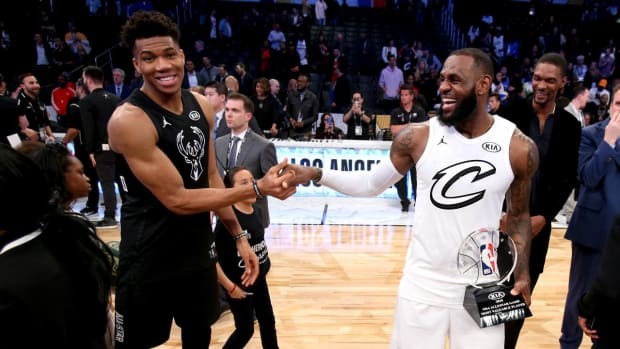 LeBron James, Giannis Antetokounmpo Draft All-Star Teams--IMAGE