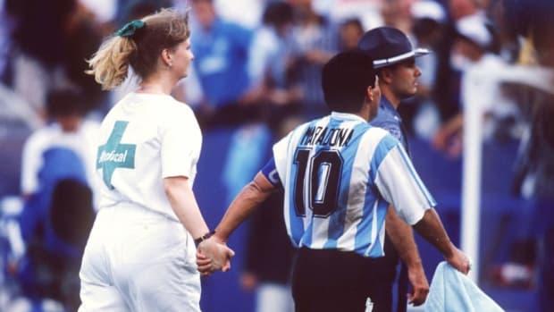 fussball-wm-1994-in-den-usa-arg-nga-2-1-5ccd5c62a0da8ddab5000001.jpg