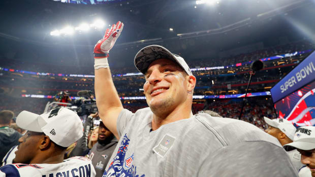 rob-gronkowski-return-from-retirement-rumors-patriots.jpg