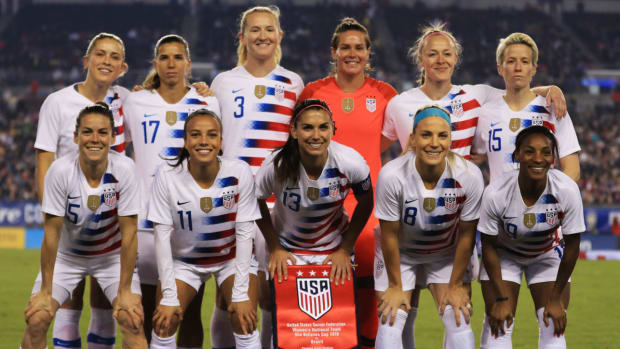 uswnt-equal-pay-lawsuit.jpg
