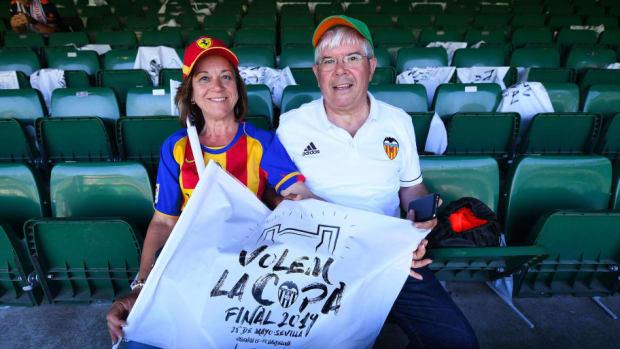 barcelona-v-valencia-spanish-copa-del-rey-final-5ce97d79d11b5733cf000001.jpg