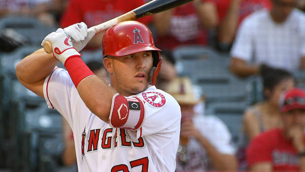 mike-trout-topper-verducci-contract.jpg
