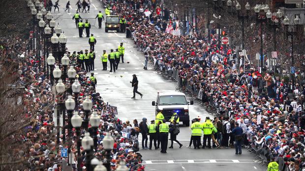 super-bowl-patriots-boston-parade.jpg