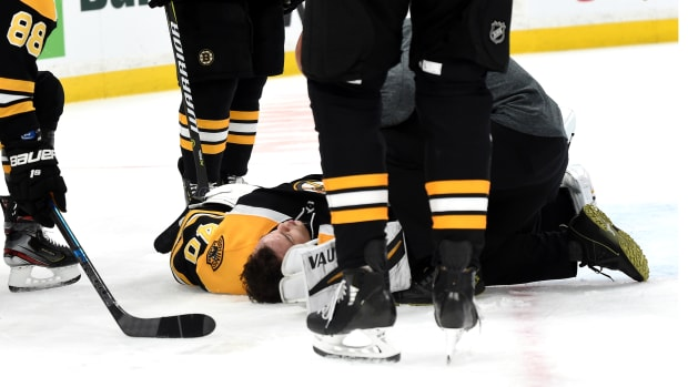 bruins-tuukka-rask-injury.jpg