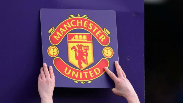 fulham-fc-v-manchester-united-premier-league-5cc95c605fc52542d5000001.jpg