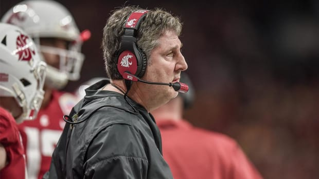 Mike Leach Believes California's Fair Pay to Play Act Will 'Destroy College Football'