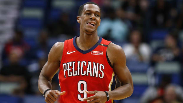 Lakers Sign Rajon Rondo to One-Year Deal, Renounce Rights to Julius Randle - IMAGE