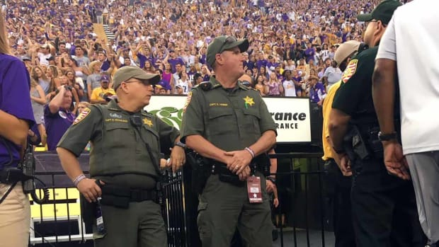 lsu-football-alabama-gameday-law-enforcement.jpg