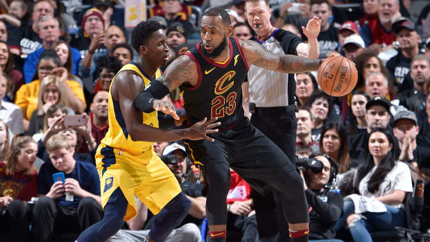 lebron-oladipo-pacers-cavs-nba-playoffs-1300.jpg