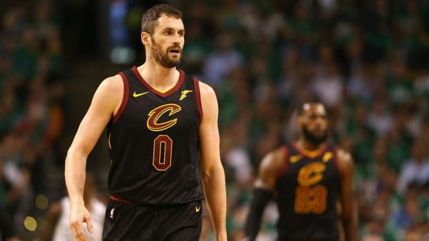 Kevin Love Signs Four-Year Extension With Cavaliers - IMAGE