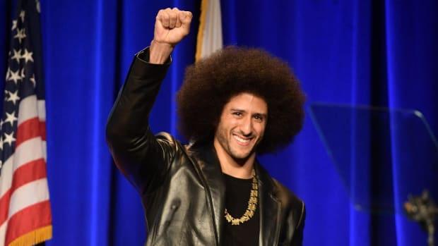 Colin Kaepernick Works Out In Hopes of NFL Return--IMAGE