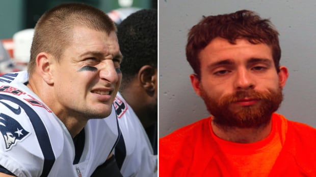 rob-gronkowski-house-robbed-suspect-patriots-shirt-court.jpg