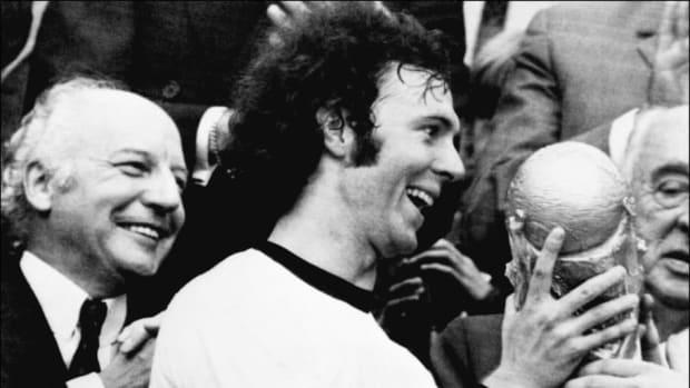 world-cup-1974-beckenbauer-5b1c1e607134f66b6c000002.jpg