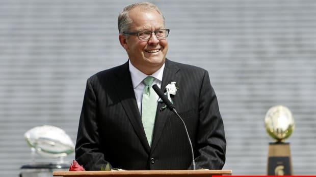 Michigan State AD Mark Hollis Resigns Amid Larry Nassar Scandal - IMAGE