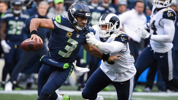 Report: Aaron Donald Will Not Report to Rams Training Camp - IMAGE