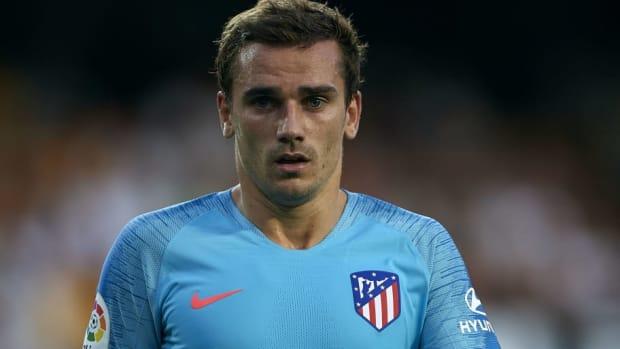 valencia-cf-v-club-atletico-de-madrid-la-liga-5b7d85916ecff97269000001.jpg