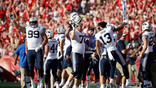 byu-celebrates-jump-around.jpg