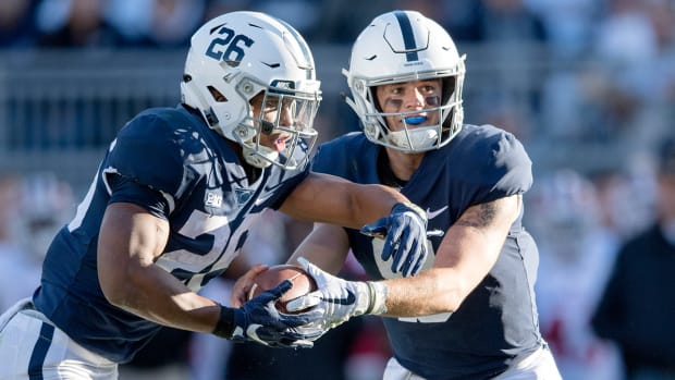 trace-mcsorley-tim-brewster-clay-helton-mailbag.jpg