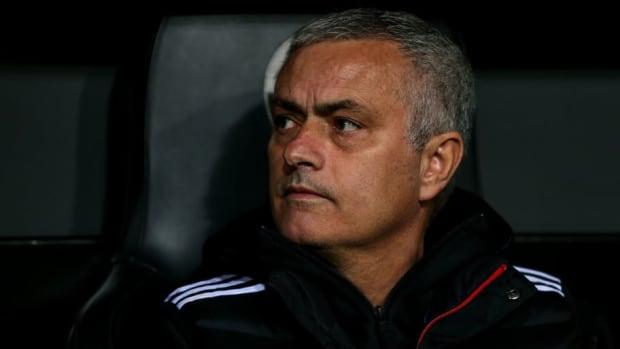 valencia-v-manchester-united-uefa-champions-league-group-h-5c1a6ab25cd07eb853000006.jpg