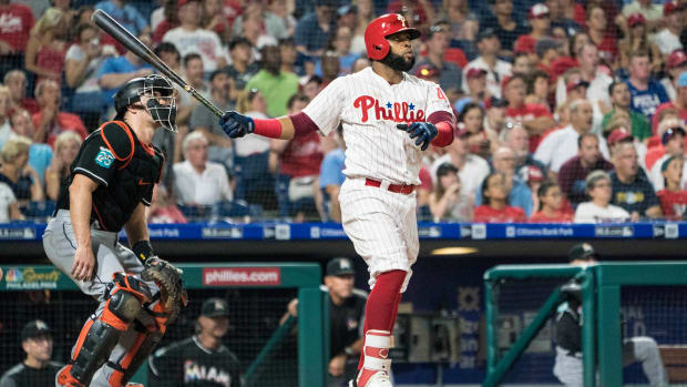 phillies-carlos-santana-home-run-promise-cancer-patient.jpg