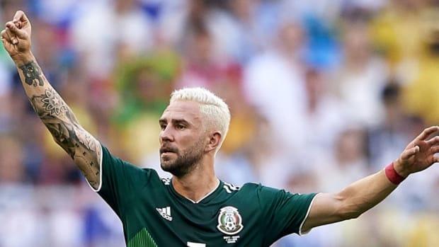 brazil-v-mexico-round-of-16-2018-fifa-world-cup-russia-5b543eb4f7b09d8da5000005.jpg