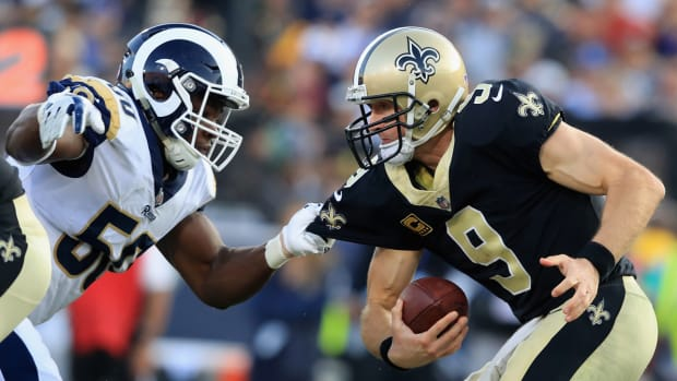 saints-rams-brees-pressure.jpg