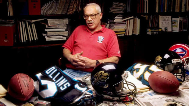 Legendary Sports Illustrated NFL Writer Paul 'Dr. Z' Zimmerman Dies at 86--IMAGE