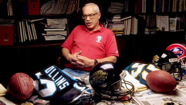 Legendary Sports Illustrated NFL Writer Paul 'Dr. Z' Zimmerman Dies at 86--IMAGE