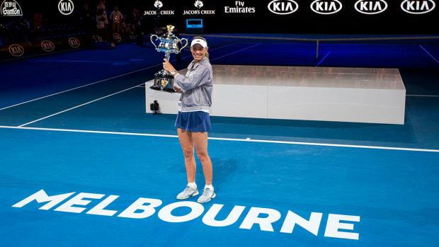 woz-wins-melbourne-court.jpg