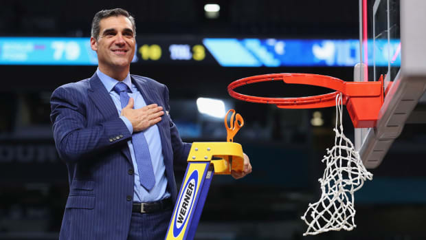 jay-wright-villanova-white-house-visit.jpg