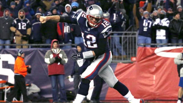 Patriots Dismantle Titans 35-14, Advance To Seventh Straight AFC Title Game--IMAGE