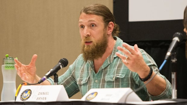 WWE Star Daniel Bryan Medically Cleared To Return To In-Ring Action - IMAGE