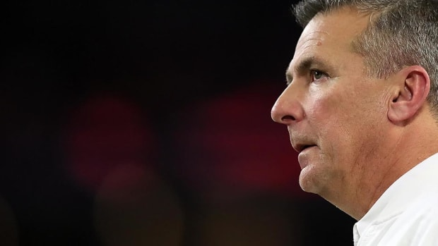 Ohio State Puts Urban Meyer on Paid Administrative Leave--IMAGE
