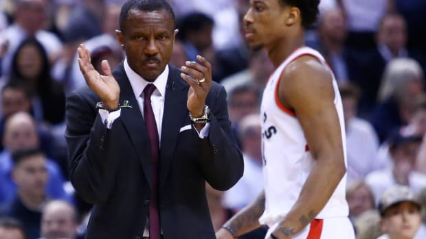 Report: Pistons Targeting Former Raptors Coach Dwane Casey--IMAGE